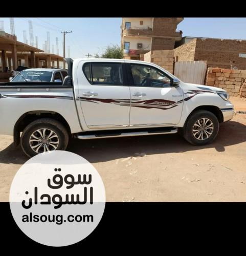 للبيع عربية بوكسي تايوتا اوتماتيك - صورة رقم