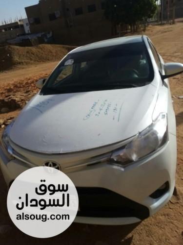 للبيع سيارة يارس ٢٠١٦ - وارد الإمارات - صورة رقم