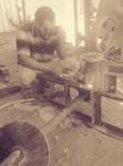 فني حدادة وكهر باء عامة صيانه ماكنات المصانع محليه الصنع