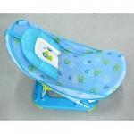 امنحي طفلك تجربة استحمام مريحة بهذا الكرسي الجذّاب والعملي