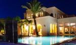 قصر فخم يتكون من 7 أجنحة عصرية للإيجار بمدينة مراكش الساحرة