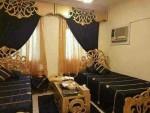 غرف  الغرفة بتتكون من جوز سرير  وجوز كراسي او كنبه واحد من الاتنين  و