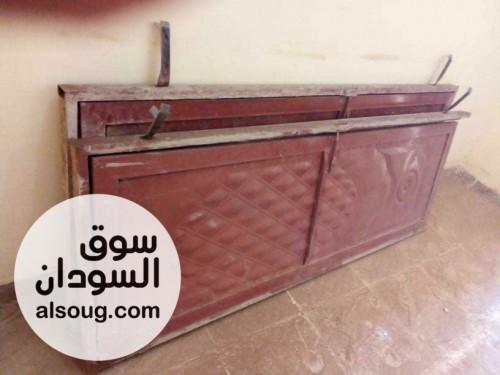 للبيع بابين حديد للحمامات مستعملات قابل للتفاوض - صورة رقم