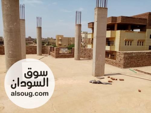 للبيع بيت في حي الهدى مربع ٣ ناصيه ع ميدان - صورة رقم