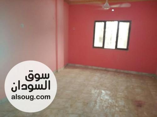 شقه للاجار في كافوري مربع 4 طابق اول 3 غرف 3 حمامات بلكونتين تكيف مطبخ - صورة رقم